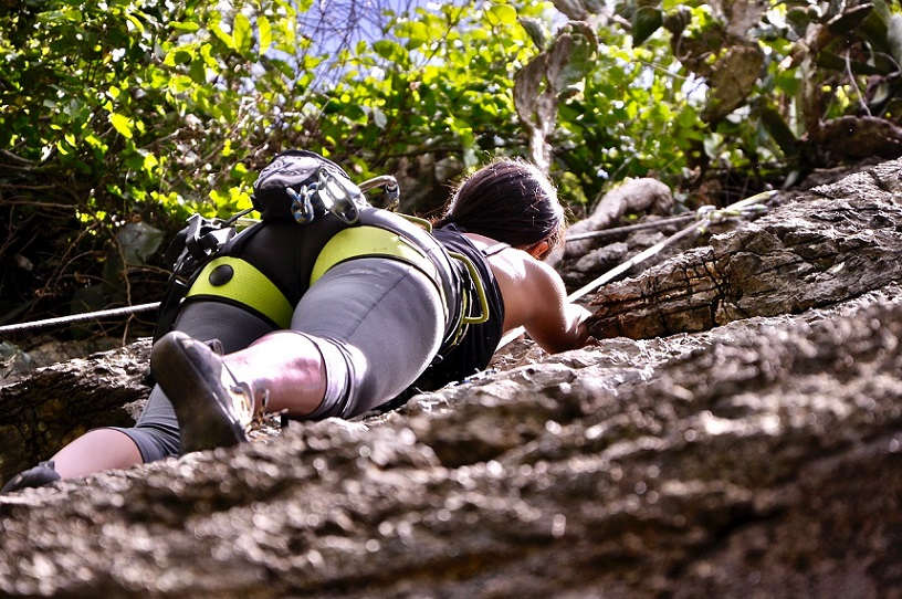How dangerous is rock climbing