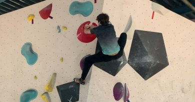 Deadpointing climbing: How to deadpoint